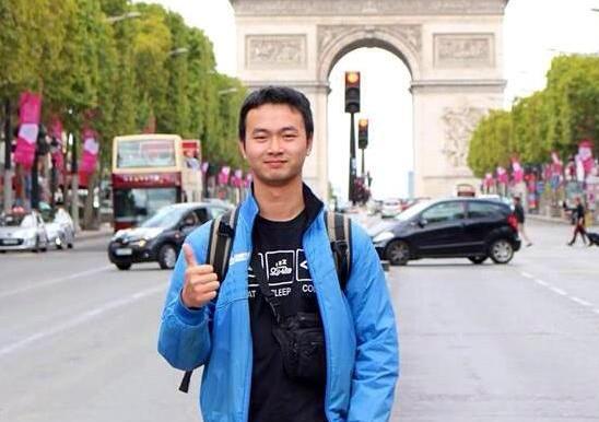 anh Đoàn Quang Hưng - một chuyên gia thiết kế Web & Đồ họa