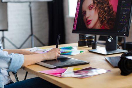 Học thiết kế đồ họa ra làm gì? TOP 5 ngành nghề lý tưởng