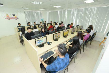Tìm hiểu về khóa học Thiết kế đồ họa ở Hà Nội của Arena Multimedia